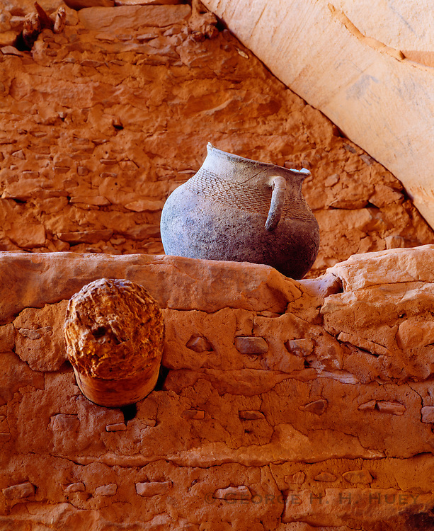 0111-1037 ~ Copyright:  George H. H. Huey ~ Kayenta Anasazi corrugated jar at Keet Seel cliff dwelling.  Navajo National Monument, Arizona.