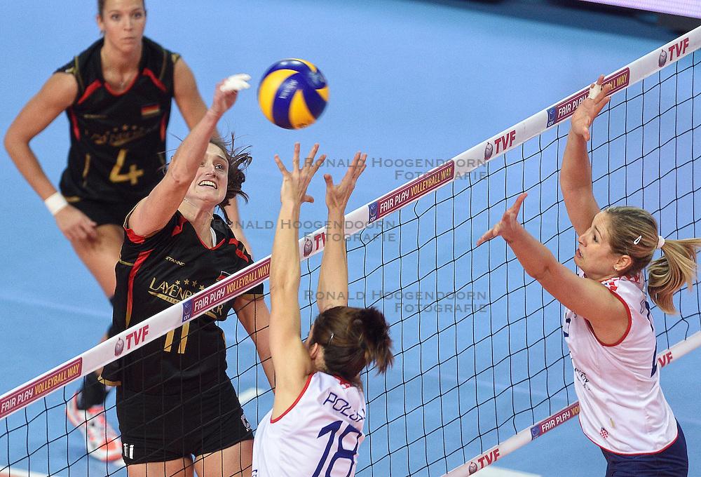 06-01-2016 TUR: European Olympic Qualification Tournament Duitsland - Kroatie, Ankara<br /> Duitsland verslaat Kroatie en moet wachten op Nederland om te zien of ze doorgaan / Christiane Furst #11 of Germany