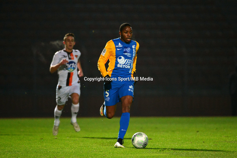 Bagaliy DABO - 23.01.2015 - Creteil / Laval - 21eme journee de Ligue 2<br /> Photo : Dave Winter / Icon Sport