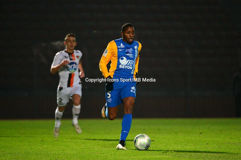 Bagaliy DABO - 23.01.2015 - Creteil / Laval - 21eme journee de Ligue 2<br /> Photo : Dave Winter / Icon Sport