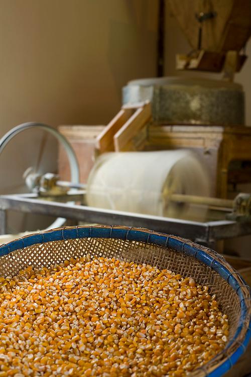 Venda Nova do Imigrante_ES, Brasil...Detalhe do moinho de fuba...Corn mill detail...Foto: LEO DRUMOND / NITRO