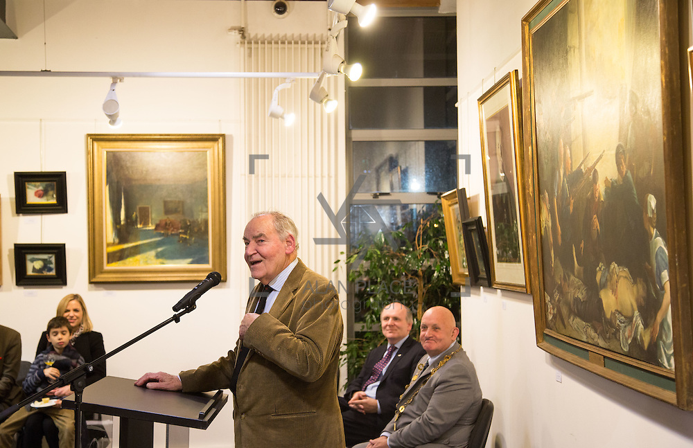 02.11.2016                  <br /> &ldquo;Freeman&rsquo;s Choice&rdquo; an exhibition by renowned artist and Freeman of Limerick, Dr. Thomas Ryan, R.H.A., was officially opened by Mayor Kieran O&rsquo;Hanlon in Dooradoyle Library. Pictured at the launch was Dr. Thomas Ryan, R.H.A.. Picture: Alan Place