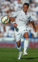 VALENCIA, SPAIN - OCTOBER 18:  Javier 'Chicharito' Hernandez of Real Madrid runs with the ball during the La Liga match between Levante UD and Real Madrid at Ciutat de Valencia on October 18, 2014 in Valencia, Spain.  (Photo by Manuel Queimadelos Alonso/Getty Images)