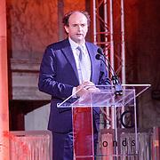 NLD/Amsterdam/20151202 - Koninklijke Familie bij uitreiking Prins Claus Prijs 2015, toespraak voorzitter Henk Pröpper