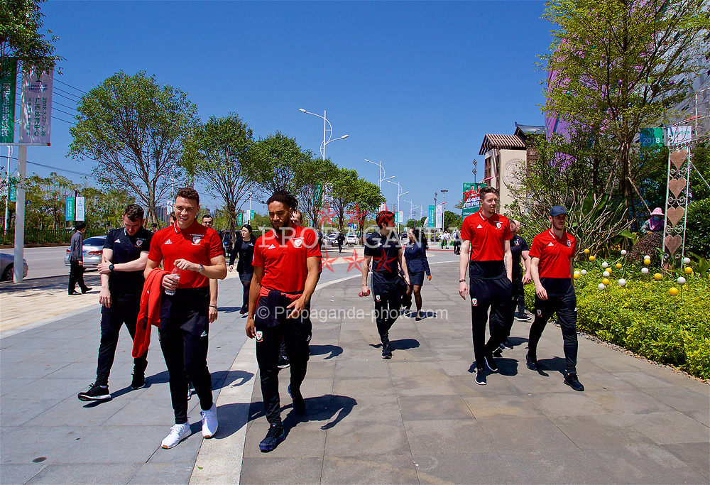 NANNING, CHINA - Tuesday, March 20, 2018: Wales' James Chester, goalkeeper Wayne Hennessey, goalkeeper Wayne Hennessey and Gareth Bale during a team walk at the Wanda Realm Resort ahead of the 2018 Gree China Cup International Football Championship. (Pic by David Rawcliffe/Propaganda)