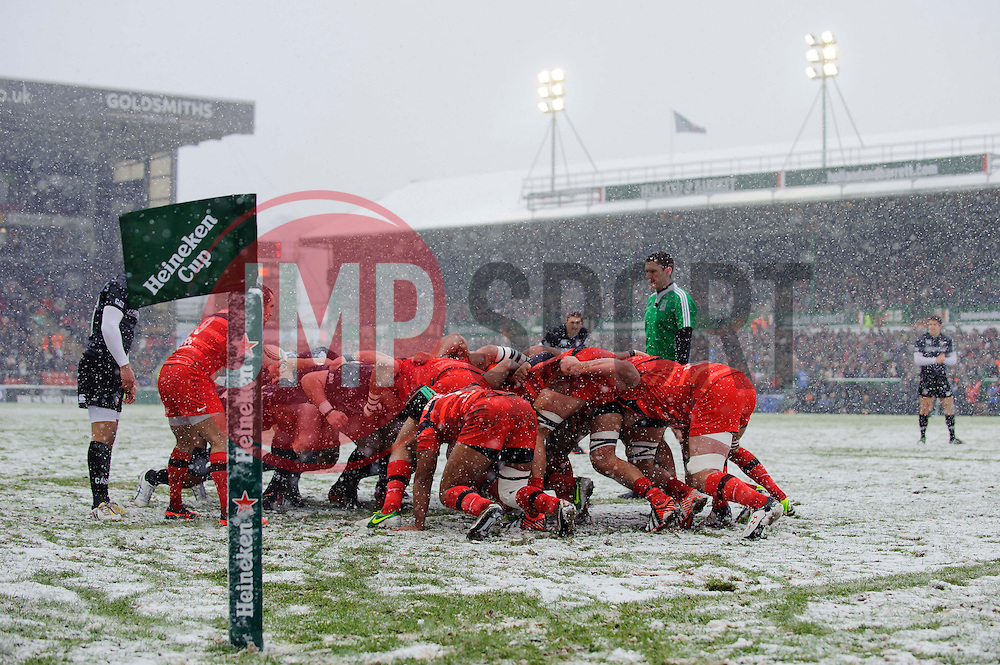 A Toulouse defensive scrum during the first half of the match - Photo mandatory by-line: Rogan Thomson/JMP - Tel: Mobile: 07966 386802 20/01/2013 - SPORT - RUGBY UNION - Welford Road - Leicester. Leicester Tigers v Toulouse - Heineken Cup Round 6. This is a crucial match for both sides with the winner topping Pool 2 to progress to the Quarter Final stage of the competition.