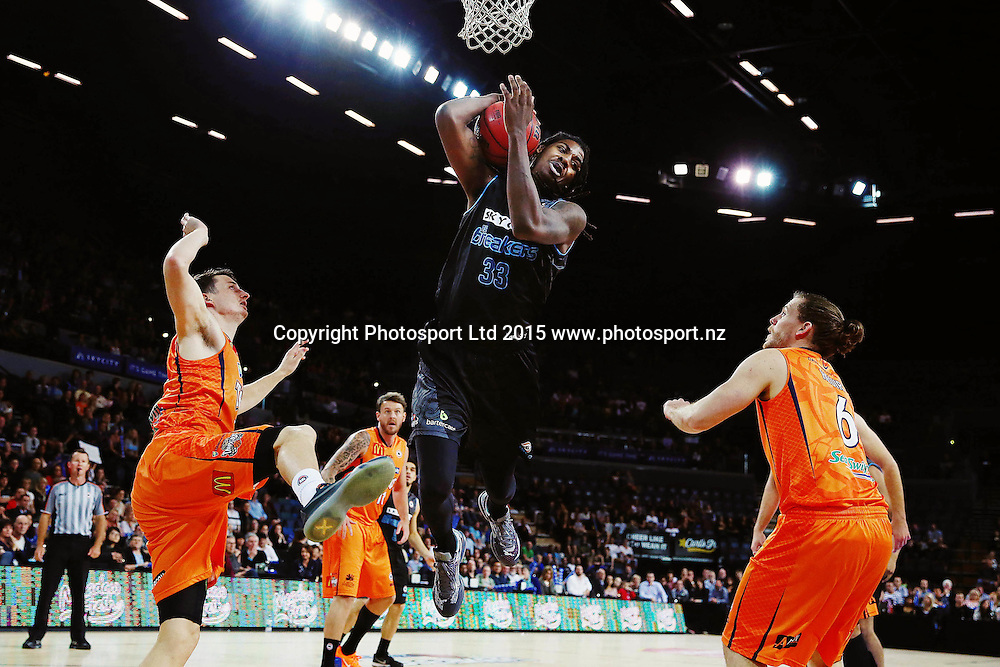 Charles Jackson of the Breakers in action. 2015/16 ANBL, SkyCity Breakers vs Cairns Taipans, Vector Arena, Auckland, New Zealand. Wednesday 28 October 2015. Photo: Anthony Au-Yeung / www.photosport.nz