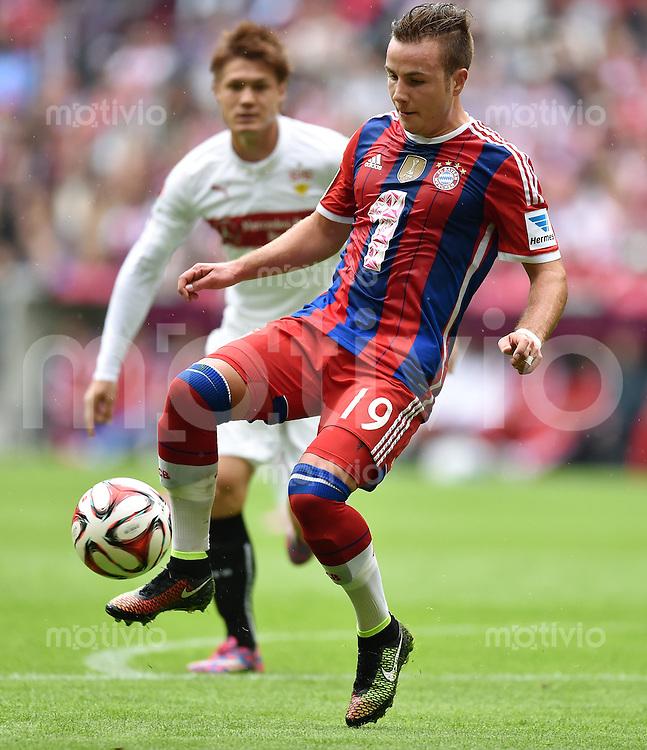 Fussball  1. Bundesliga  Saison 2014/2015   3. SPIELTAG FC Bayern Muenchen - VfB Stuttgart       13.09.2014 Mario Goetze (FC Bayern Muenchen) am Ball