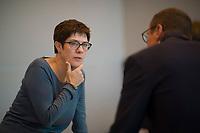DEU, Deutschland, Germany, Berlin, 25.09.2018: CDU-Generalsekretärin Annegret Kramp-Karrenbauer (CDU) bei der Fraktionssitzung der CDU/CSU.