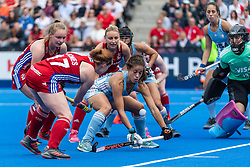 Sarah Jones of Great Britain Women crosses the ball during the 2019 Women's FIH Pro League match at Lee Valley Hockey Centre, Stratford<br /> Picture by Simon Parker/Focus Images Ltd <br /> 18/05/2019