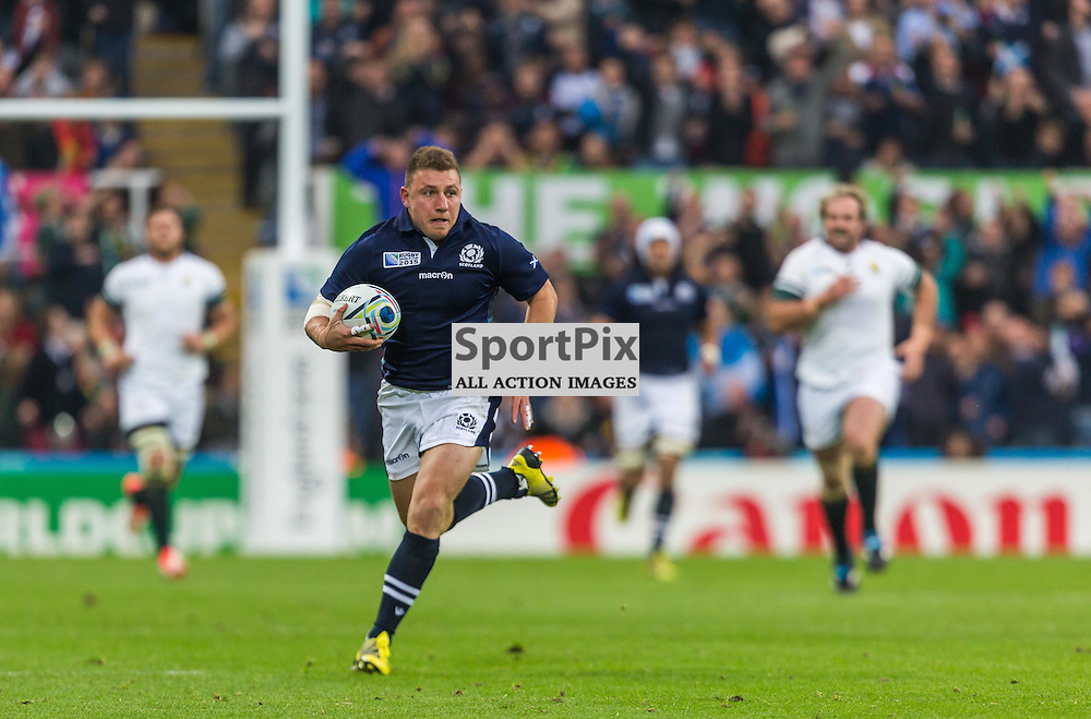 Duncan Weir makes a break for Scotland during the Rugby World Cup match between Scotland and South Africa (c) ROSS EAGLESHAM | Sportpix.co.uk