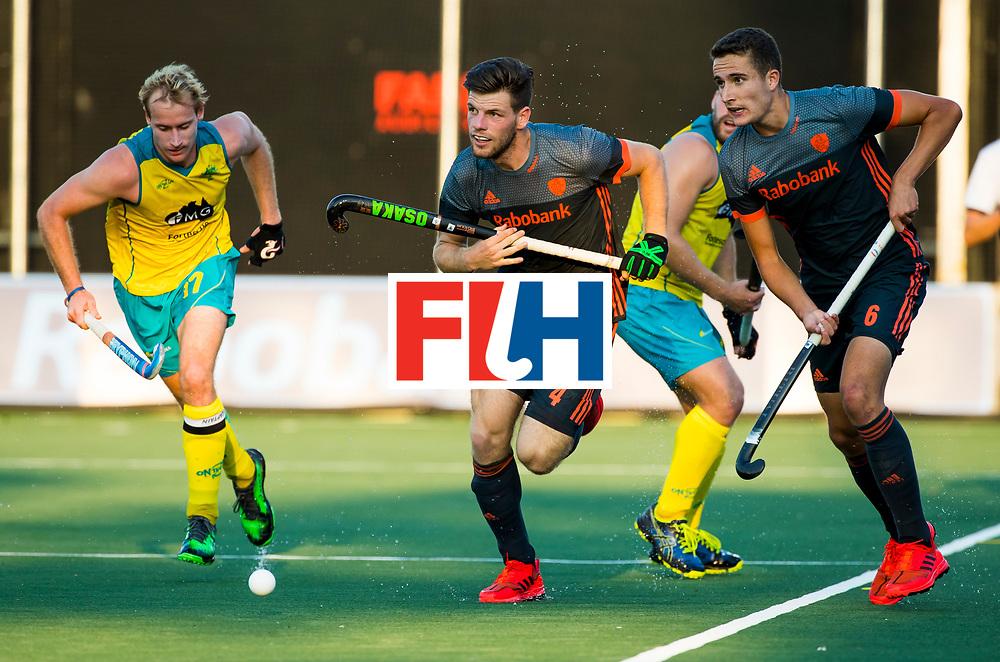 BREDA - Lars Balk (Ned) met Jonas de Geus (Ned)  en links Aran Zalewski (Aus)   tijdens Nederland- Australie bij  de Hockey Champions Trophy. COPYRIGHT KOEN SUYK