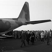 NLD/Soesterberg/19910203 - Vertrek medisch personeel naar Saudi-Arabie van Soesterberg