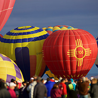 A large crowd at Balloon fiesta - the norm for this spectacular event that fills the field on the ground and in the air.