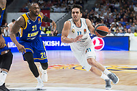 Real Madrid Facundo Campazzo and Khimki Moscow James Anderson during Turkish Airlines Euroleague match between Real Madrid and Khimki Moscow at Wizink Center in Madrid, Spain. November 02, 2017. (ALTERPHOTOS/Borja B.Hojas)