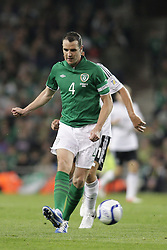 12.10.2012, Aviva Stadium, Dublin, IRL, FIFA WM Qualifikation, Irland vs Deutschland, im Bild John O'Shea (Irland), Freisteller // during FIFA World Cup Qualifier Match between Ireland and Germany at the Aviva Stadium, Dublin, Ireland on 2012/10/12. EXPA Pictures © 2012, PhotoCredit: EXPA/ Eibner/ Oliver Vogler..***** ATTENTION - OUT OF GER *****
