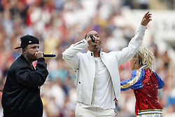 Singer Nicky Jam and US actor Will Smith performs during the closing ceremony of the Russia 2018 World Cup ahead of the final football during the 2018 FIFA World Cup Russia Final match between France and Croatia at the Luzhniki Stadium on July 15, 2018 in Moscow, Russia