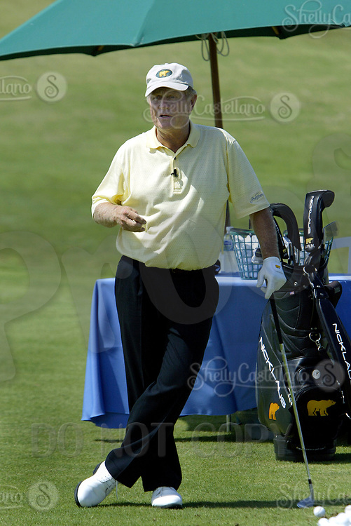Sep 08, 2004; Aliso Viejo, CA, USA; Legendary golfer JACK NICKLAUS gives lessons @ The Jack Nicklaus Heart & Stroke Challenge Gold Tournament for participants aged 55 and older.  Held at a new golf course designed by his son at the Aliso Viejo Country Club located in Southern California.  Men & Women aged 55 and older are at an increased risk of suffering cardiovascular related deaths.  Nicklaus suffers from hypertension (high blood pressure) and is at high risk for a heart attack or stroke.  Mandatory Credit: Photo by Shelly Castellano/ZUMA Press. (©) Copyright 2004 by Shelly Castellano