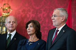 "03.06.2019, Präsidentschaftskanzlei, Wien, AUT, Angelobung der Übergangsregierung, im Bild Vizekanzler und Justizminister Clemens Jabloner, Bundeskanzlerin Brigitte Bierlein und Bundespräsident Alexander Van der Bellen // Austrian Vice Chancellor and Minister of Justice Clemens Jabloner, Austrian Chancellor Brigitte Bierlein and federal president of Austria Alexander Van der Bellen during inauguration of the provisional government after ""Ibiza Affair"" at Federal Presidents Office in Vienna, Austria on 2019/06/19, EXPA Pictures © 2019, PhotoCredit: EXPA/ Michael Gruber"