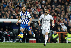 14.02.2015, Estadio Santiago Bernabeu, Madrid, ESP, Primera Division, Real Madrid vs Deportivo La Coruna, 23. Runde, im Bild Real Madrid&acute;s Karim Benzema (R) and Deportivo de la Courna&acute;s Manuel Pablo // during the Spanish Primera Division 23rd round match between Real Madrid vs Deportivo La Coruna at the Estadio Santiago Bernabeu in Madrid, Spain on 2015/02/14. EXPA Pictures &copy; 2015, PhotoCredit: EXPA/ Alterphotos/ Victor Blanco<br /> <br /> *****ATTENTION - OUT of ESP, SUI*****