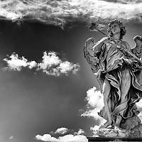 Estatua del ángel con la esponja, escultor Antonio Giorgetti. Roma, Italia. Statue Angel with the Sponge. Rome, Italy