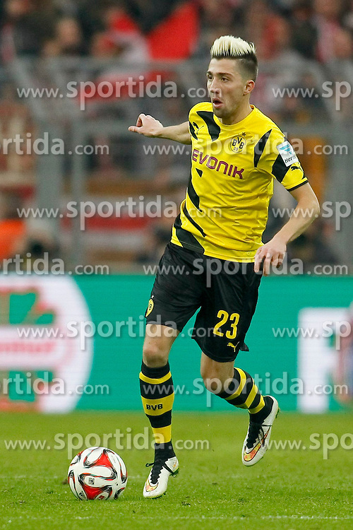 04.04.2015, Signal Iduna Park, Dortmund, GER, 1. FBL, Borussia Dortmund vs FC Bayern Muenchen, 27. Runde, im Bild Kevin Kampl (Borussia Dortmund #23) // during the German Bundesliga 27th round match between Borussia Dortmund and FC Bayern Muenchen at the Signal Iduna Park in Dortmund, Germany on 2015/04/04. EXPA Pictures &copy; 2015, PhotoCredit: EXPA/ Eibner-Pressefoto/ Sch&uuml;ler<br /> <br /> *****ATTENTION - OUT of GER*****