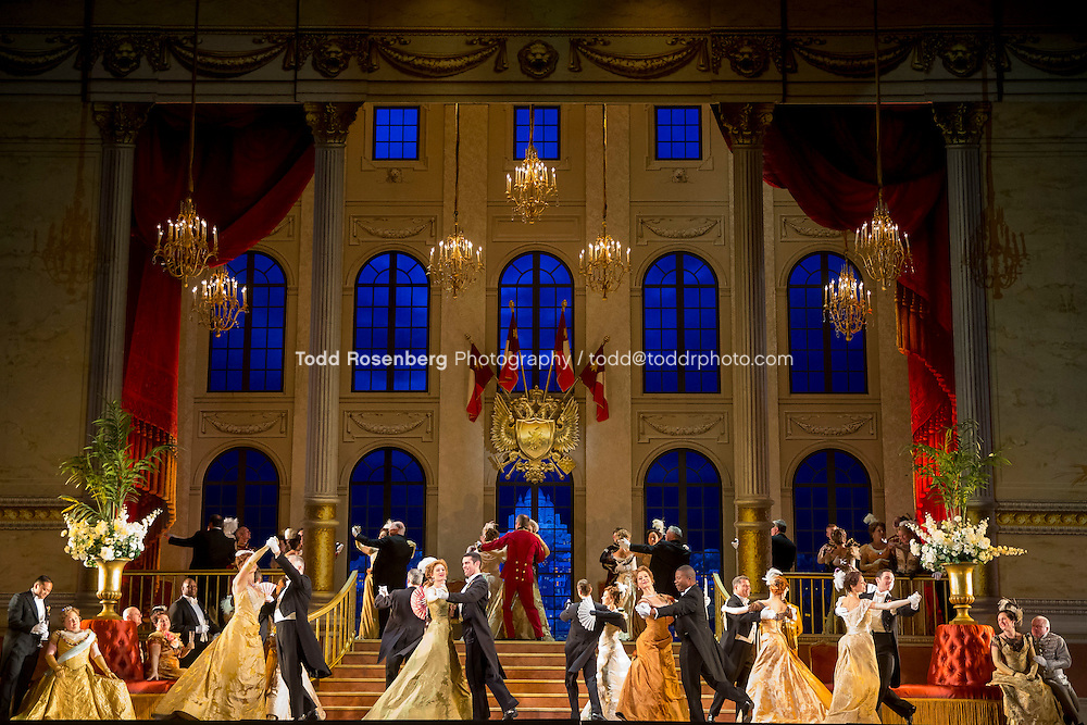 11/11/15 1:05:10 PM -- <br /> The Lyric Opera of Chicago Presents<br /> &quot;The Merry Widow&quot;<br /> Ren&eacute;e Fleming, <br /> Nicole Cabell, <br /> and Thomas Hampson<br /> <br /> &copy; Todd Rosenberg Photography 2015