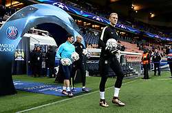 Joe Hart and Wilfredo Caballero of Manchester City walk out to warm up at Parc des Princes - Mandatory by-line: Robbie Stephenson/JMP - 06/04/2016 - FOOTBALL - Parc des Princes - Paris,  - Paris Saint-Germain v Manchester City - UEFA Champions League Quarter Finals First Leg