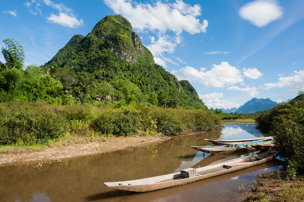 Nan Ou river at Muang Ngoi (Laos)