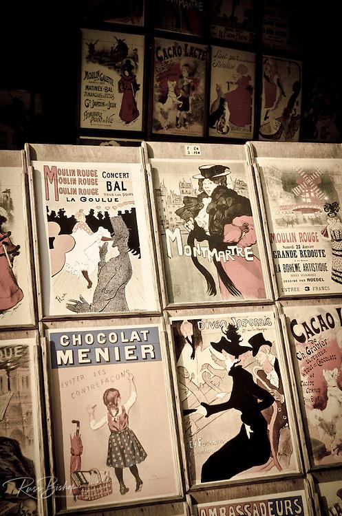 Antique prints for sale in Montmartre, Paris, France