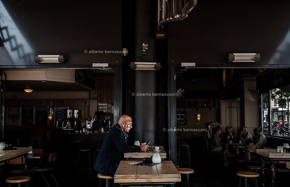 Rotterdam, man in a cafè