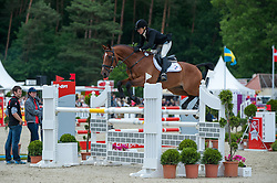 Sarah Bullimore (GBR) - Valentino V <br /> Jumping - CCI4* Luhmühlen 2012<br /> © Hippo Foto - Jon Stroud