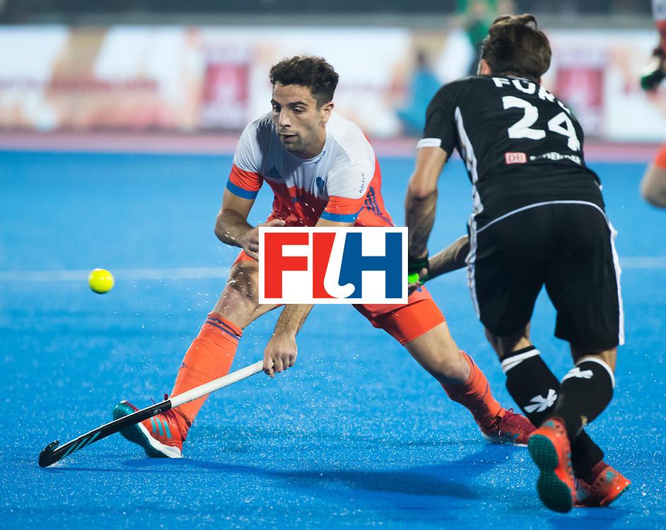 BHUBANESWAR - Valentin Verga (Ned) tijdens de Hockey World League Finals , de kwartfinale wedstrijd Duitsland-Nederland (3-3).Duitsland wint na shoot-outs.    COPYRIGHT KOEN SUYK
