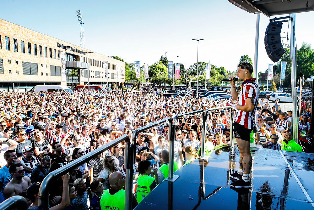 Supporters of Willem II celebrating the season with the players and staff, *Fran Sol* of Willem II