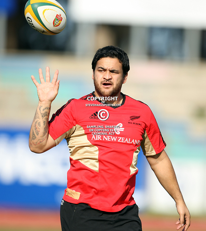PORT ELIZABETH, SOUTH AFRICA - AUGUST 18, Piri Weepu during the New Zealand national rugby team training session at Xerox Arena on August 18, 2011 in Port Elizabeth, South Africa<br /> Photo by Steve Haag / Gallo Images