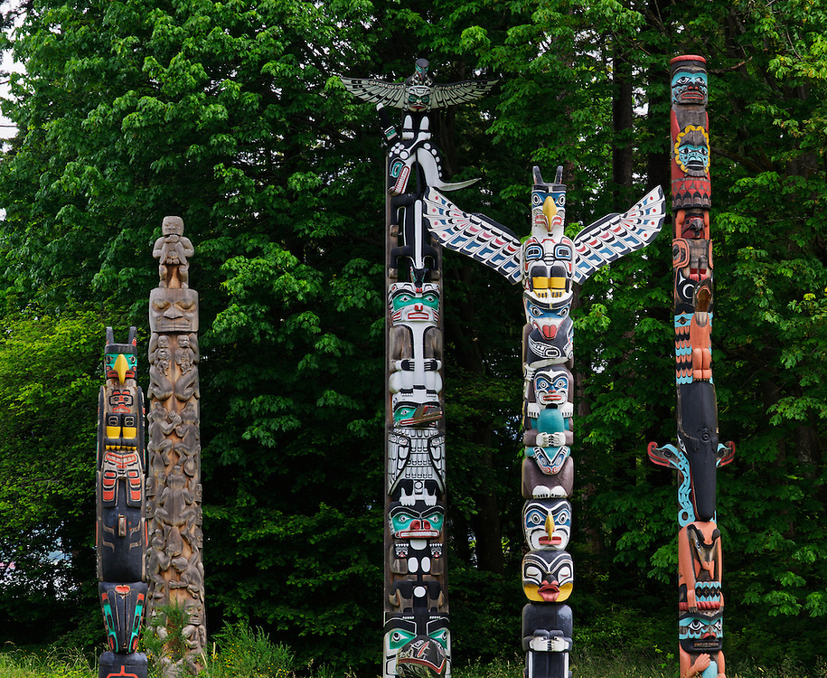 Totem poles in Stanley Park, Vancouver, British Columbia , Canada