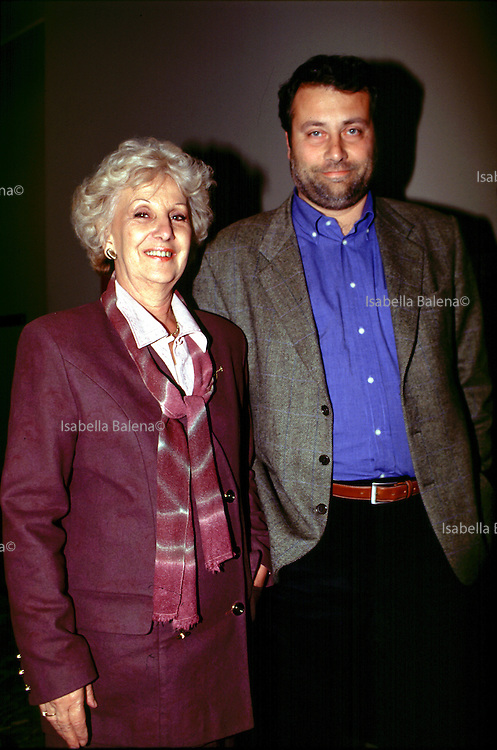milano,1998-massimo carlotto scrittore/writer ed estela carlotto presid. Abuelas de Plaza de Mayo