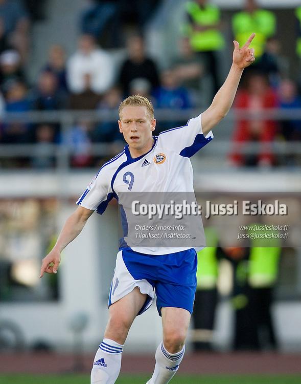 Mikael Forssell. Suomi - Serbia, EM-karsinta, Helsinki, Olympiastadion 2.6.2007. Photo: Jussi Eskola