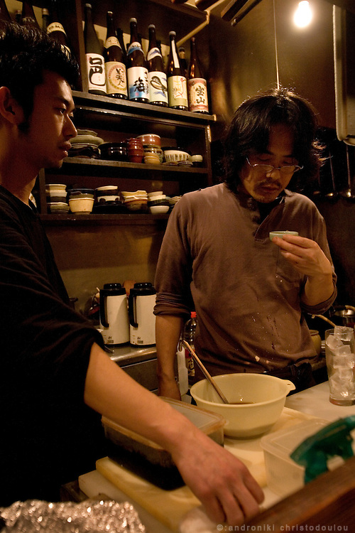 "Izakaya ""Hiro"" is under the train rails in Nakameguro. Izakaya ""Hiro"" is under the train rails in Nakameguro. Takahashi (37) is the sheff and also runs the izakaya for three years. He is very popular and he has even been portrayed in a manga drown by a customer"