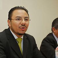 Toluca, México.- Julián Sobrino Díaz, presidente de Empresarios Jóvenes, informó que del 3 al 5 de octubre se llevará a cabo la Primera Cumbre Nacional de Empresarios Jóvenes. Agencia MVT / Crisanta Espinosa