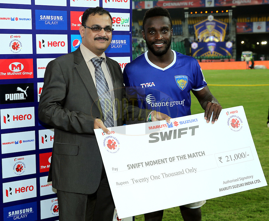 John Stiven Mendoza Valencia of Chennaiyin FC  recives Swift momment of the match award during the presentation of the match 15 of the Hero Indian Super League between Chennaiyin FC and Mumbai City FC held at the Jawaharlal Nehru Stadium, Chennai, India on the 28th October 2014.<br /> <br /> Photo by:  Sandeep Shetty/ ISL/ SPORTZPICS