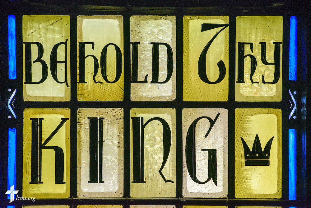 "Stained glass at Luther Memorial Chapel depicts ""behold thy king"" on Friday, Jan. 29, 2016, in Shorewood, Wis. LCMS Communications/Erik M. Lunsford"
