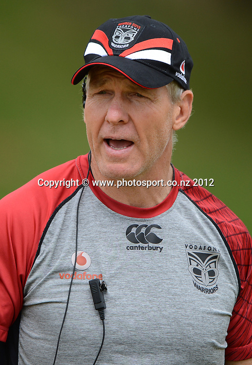 Coach Matthew Elliott. NRL Rugby League. Vodafone Warriors pre season training session at One Tree Hill, Auckland, New Zealand on Thursday 20 December 2012. Photo: Andrew Cornaga/photosport.co.nz