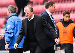Derby County Manager, Steve McClaren walks to celebrate with the fans as Wigan Athletic Manager, Malky Mackay heads for the tunnel - Photo mandatory by-line: Matt McNulty/JMP - Mobile: 07966 386802 - 06/04/2015 - SPORT - Football - Wigan - DW Stadium - Wigan Athletic v Derby County - SkyBet Championship