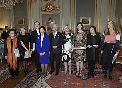 Kˆnigin Silvia und Kˆnig Carl Gustaf bei der Verleihung der Prinz Eugen Medaillen im Schloss in Stockholm / 091216<br /> <br /> ***Presentation of the Prince Eugen Medal in Stockholm, Sweden, Dec. 09th, 2016.***