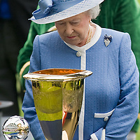 ASCOT, ENGLAND - JUNE 20:  HM The Queen at the presentation of the Golden Jubilee Stakes on the the fifth and final day of Royal Week at Ascot Racecourse on June 20, 2009 in Ascot, England  (Photo by Marco Secchi/Getty Images)