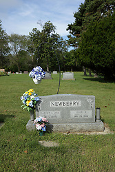 "31 August 2017:   Veterans graves in Dawson Cemetery in eastern McLean County.<br /> <br /> Clarence A ""Luke"" Newberry  Nov 23 1916  Apr 3 2000"