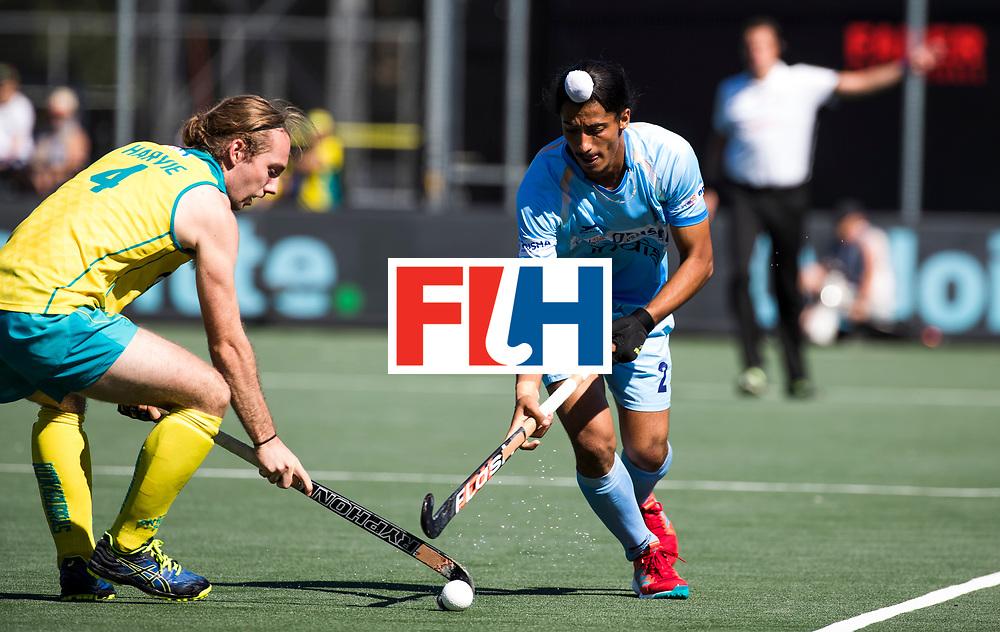 BREDA - Dilpreet Singh (Ind.) met Jake Harvie (Aus)   Australia-India (1-1), finale Rabobank Champions Trophy 2018. Australia wint shoot outs.  COPYRIGHT  KOEN SUYK