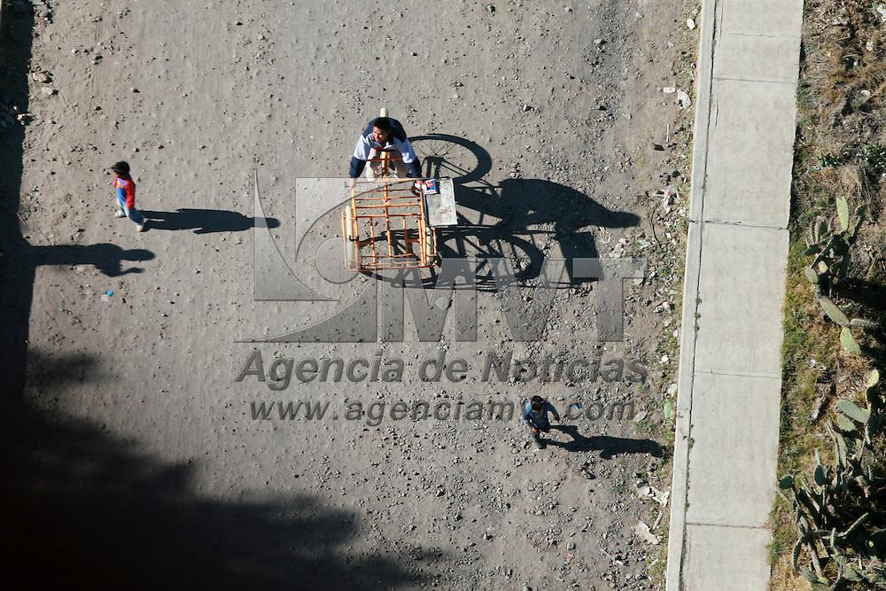 Teotihuacan, Mex.- La vida cotidiana en San Juan Teotihuacan vista desde un globo aerostatico. Agencia MVT / Mario Vazquez de la Torre. (DIGITAL)<br /> <br /> <br /> <br /> <br /> <br /> <br /> <br /> NO ARCHIVAR - NO ARCHIVE