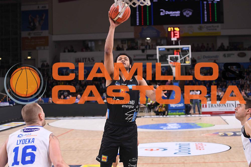 Shavon Shields<br /> Dolomiti Energia Aquila Basket Trento - Happy Casa New Basket Brindisi<br /> LegaBasket Serie A 2017/2018<br /> Trento, 08/04/2018<br /> Foto M.Ceretti / Ciamillo - Castoria